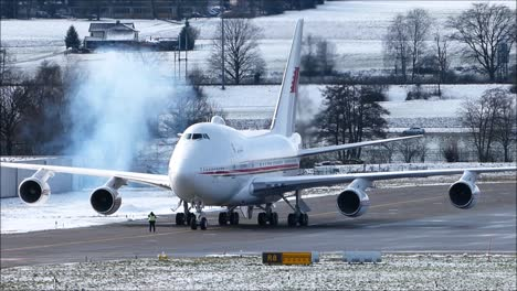 Jet-Engine-Start-Up