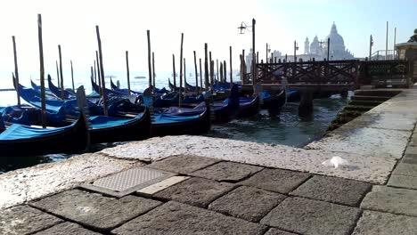 Boats-in-Venice