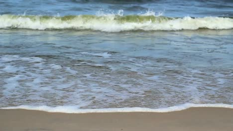 Beach-Waves-1
