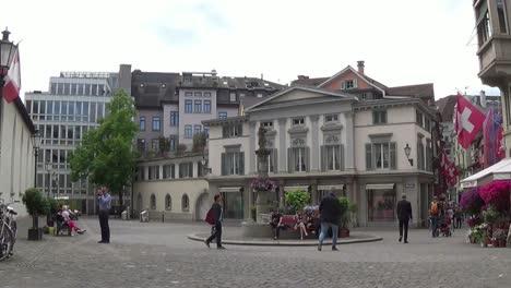 Piazza-in-Zurich