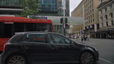 Pedestrians-on-Auckland-Street-Corner