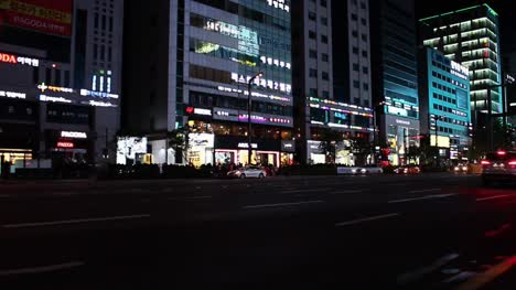 South-Korea-Traffic-at-Night-in-Gangnam
