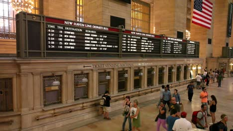 Grand-Central-Station-Departures-&-Arrivals