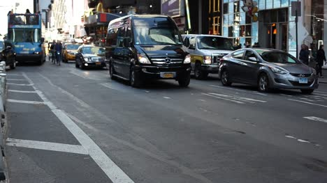 Times-Square-Traffic-Nueva-York