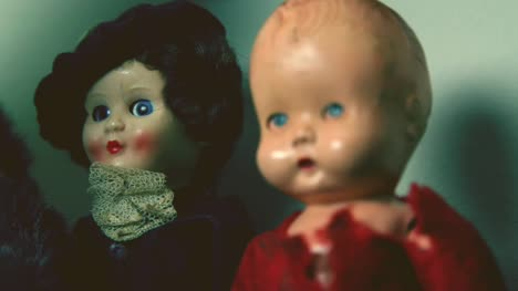 Creepy-Vintage-Dolls