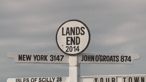 Land-s-End-Sign-Cornwall