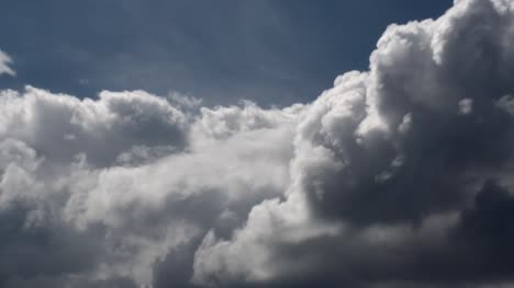 Uplifting-Clouds-Time-Lapse