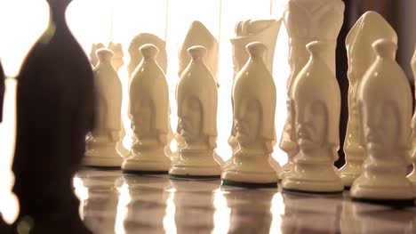 Ceramic-Chess-Set-Opposing-White-(Pull-Focus)