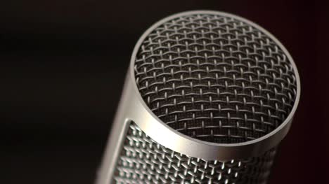 Large-Condenser-Microphone-Close-Up-2-(Tilt-Shot)