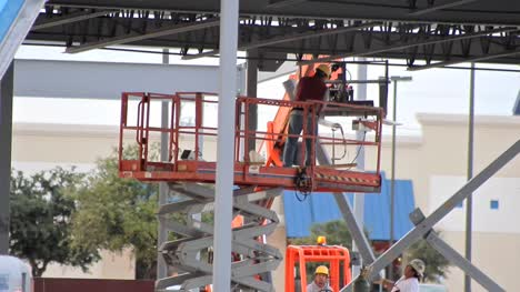 Construction-Workers-Removing-a-Beam-2