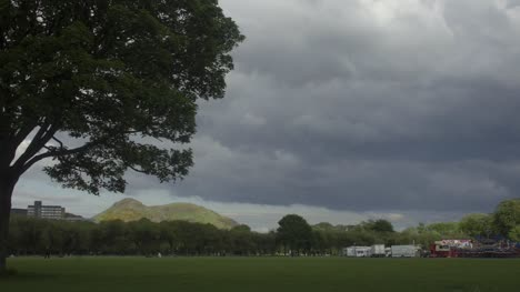 Timelaspe-of-The-Meadows-in-Edinburgh-showing-Arthurs-Seat