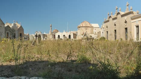 Old-Buildings-and-Ruins