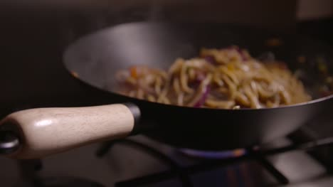 Noodles-in-Wok-Slow-Motion