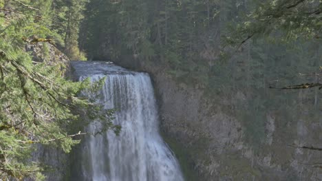 Parte-superior-de-Salt-Creek-Falls