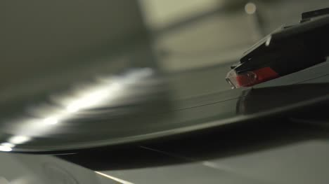 Record-Spinning-Rack-Focus-2