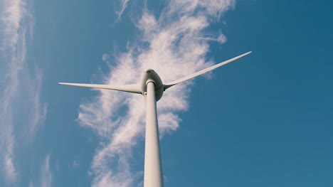 Wind-Turbine-Wide