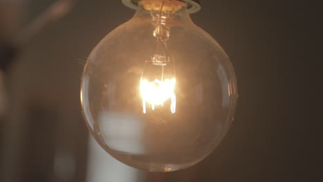 Light-Bulb-Turning-On
