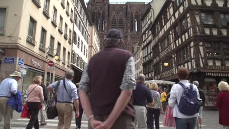 Tourists-in-Strasbourg-City-Centre