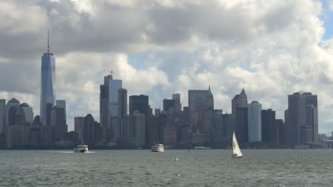 Ships-Passing-Downtown-New-York-Skyline