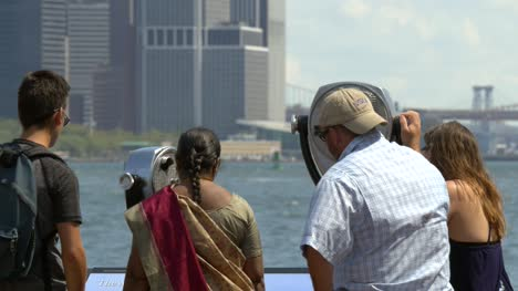 Family-Looking-Over-Downtown-New-York