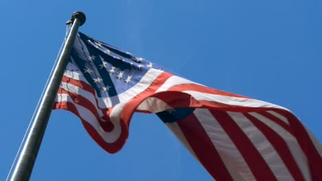 USA-Flag-Blowing-in-Wind