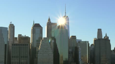 Sol-brillando-en-el-One-World-Trade-Center-de-Nueva-York