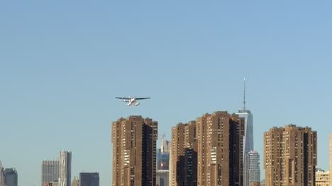 Seaplane-Taking-Off-from-East-River