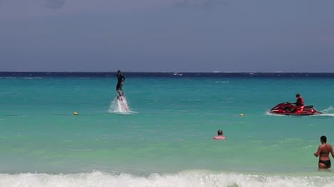 Flyboarding-in-Mexico