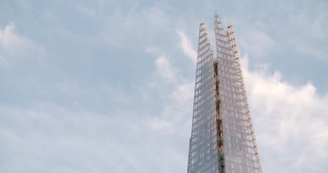 Close-Up-of-the-top-of-The-Shard