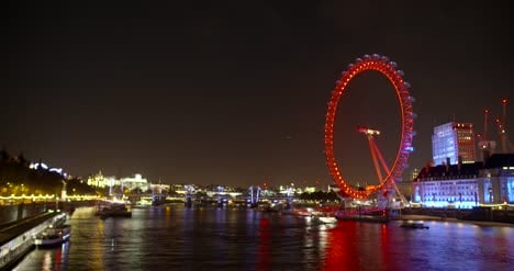 Timelapse-del-London-Eye-en-la-noche