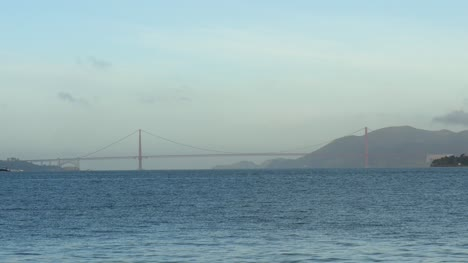 Long-Shot-of-Golden-Gate-Bridge-San-Francisco
