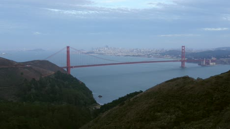 Looking-Down-at-Golden-Gate-Bridge-San-Francisco