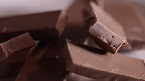 Chocolate-Pieces-Rotating