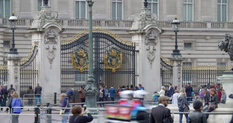 Gates-to-Buckingham-Palace