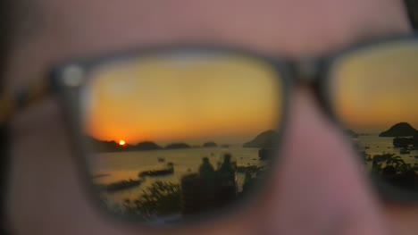 Atardecer-en-Glasses-Ha-Long-Bay
