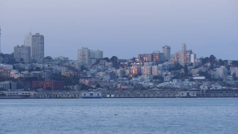 Long-Shot-of-San-Francisco