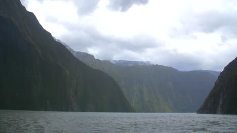 Moving-Across-Milford-Sound-New-Zealand