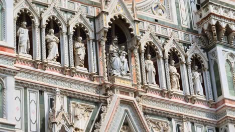 Sculptures-on-Florence-Cathedral