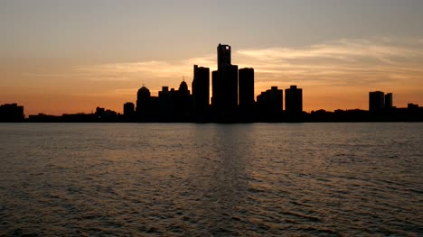 Panning-Across-Silhouetted-Detroit-Skyline