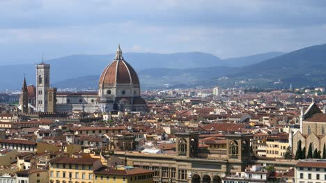 Florence-Cathedral-Towering-Over-Cityscape