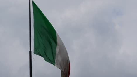 Italian-Flag-Flying-on-Gloomy-Day