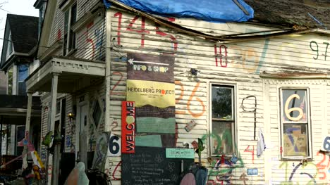 Numbers-House-The-Heidelberg-Project