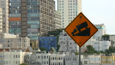 Steep-Hill-Sign-in-San-Francisco