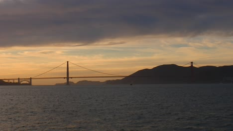 Golden-Gate-Bridge-Silhouetted-in-Sunset
