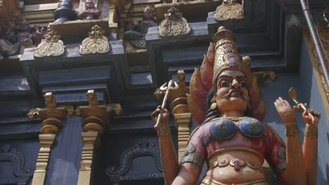 Statues-on-Sri-Lankan-Temple