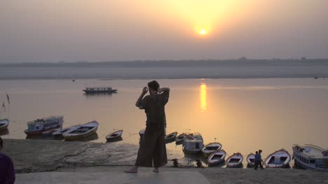 Sunset-Over-the-Ganges-River