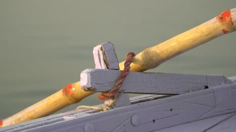 Oar-Moving-in-Oar-Lock
