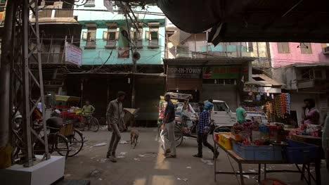 Slow-Motion-Shot-of-Grimy-Delhi-Streets