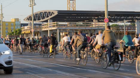 Cyclists-Riding-in-Berlin