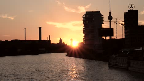 River-View-in-Berlin-at-Sunset